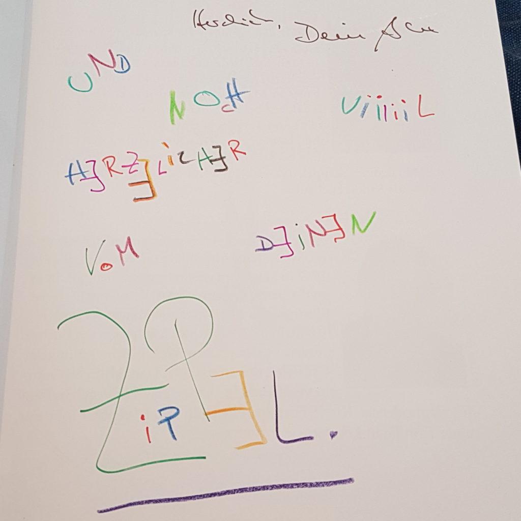 Zippel signierte sogar unser Buch!
