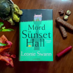 """Mord in Sunset Hall"" von Mord in Leonie Swann"