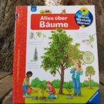 """Das Sachbuch """"Alles über Bäume"""" aus der Reihe """"Wieso, Weshalb, Warum"""""""