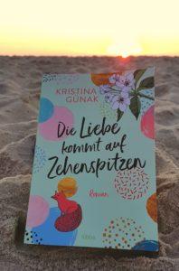 """""""Die Liebe kommt auf Zehenspitzen"""" von Kristina Günak"""